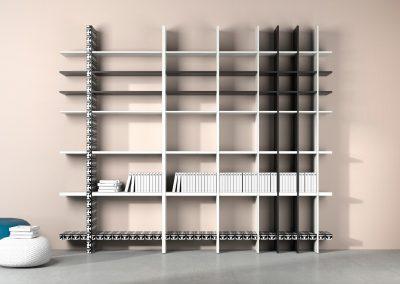 Libreria su misura disponibile in molteplici variabili di colore. I piani sono disponibili in quattro diversi spessori e possono essere liberamente incastrati in modo da creare infinite possibili composizioni.